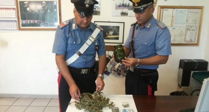 Arresto nel centro storico di Bracciano: trovato con marijuana e liquore alla cannabis