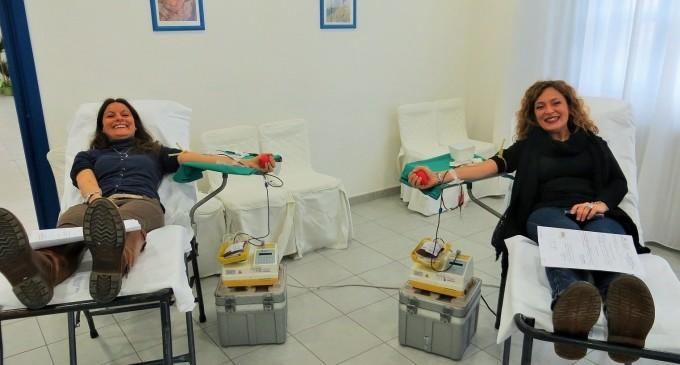 """Ladispoli. Successo per la prima giornata di donazione di sangue dell'istituto superiore """"Giuseppe Di Vittorio"""""""