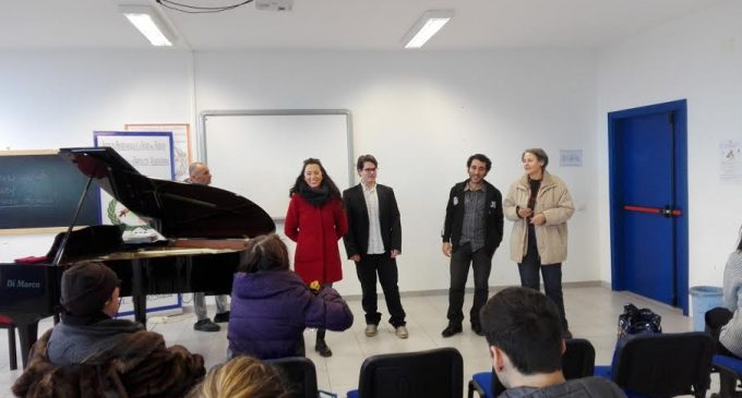 Ladispoli, all'Alberghiero il nuovo anno si apre con il concerto dei pianisti Omar Darder e Federico Brini