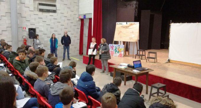 """Le Medie di Canale hanno incontrato la Eco-School bretone """"GeorgesBrassens"""" per la stesura di un Eco-Codice comune"""