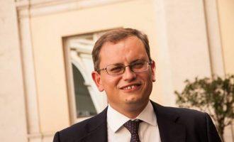 Minnucci (PD): non lasciamo soli i lavoratori di Alitalia