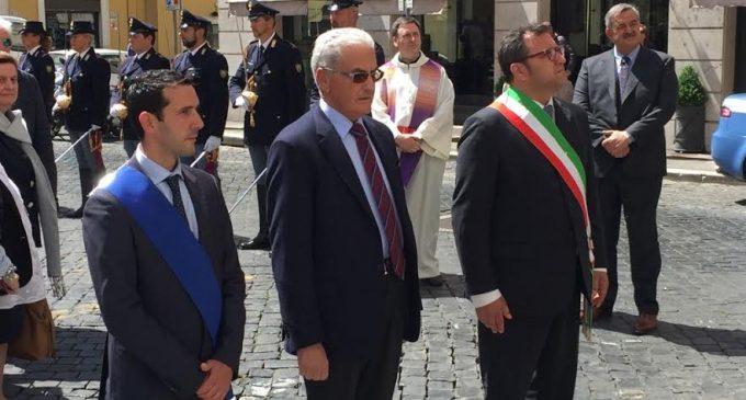Fabio Fucci partecipa alla cerimonia dell'Anniversario dell'attentato delle Brigate Rosse, in cui persero la vita gli agenti di P.S. Antonio Mea e Pierino Ollanu