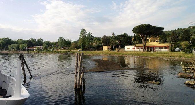 Il lago di Bracciano non è una cisterna: le captazioni vanno sospese
