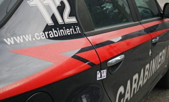 Tenta il suicidio, ma un carabiniere la salva. È successo giovedì scorso 22 giugno a Manziana