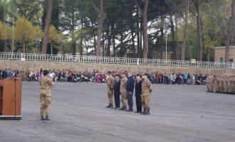 """La Scuola di Fanteria di Cesano festeggia la """"Giornata dell'Unità Nazionale e delle Forze Armate"""". Bambini e militari insieme in occasione dell'evento """"Caserme Aperte"""""""