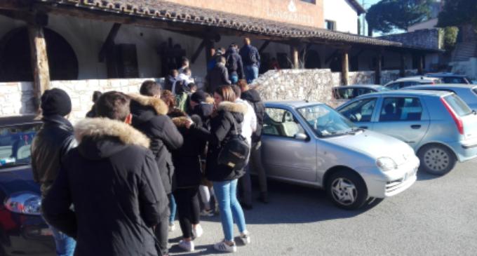 Gli studenti dell'Istituto Alberghiero di Ladispoli in visita alle cantine Lungarotti di Torgiano