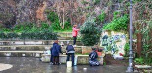 """Gruppo di volontari ripulisce il centro storico. Il primo evento di """"Puli-Amo Anguillara"""""""