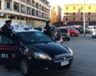Parcheggiatore abusivo importuna una giovane mamma: arrestato dai carabinieri