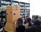 I ragazzi dell'istituto C. Melone di Ladispoli visitano la biblioteca intitolata a Peppino Impastato