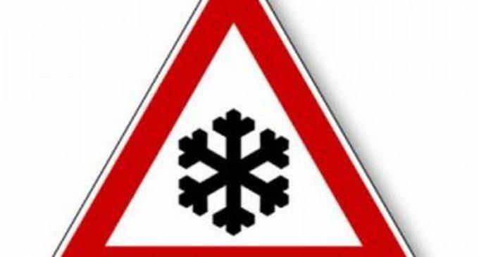 Neve sul lago di Bracciano, domani scuole chiuse ad Anguillara e Trevignano