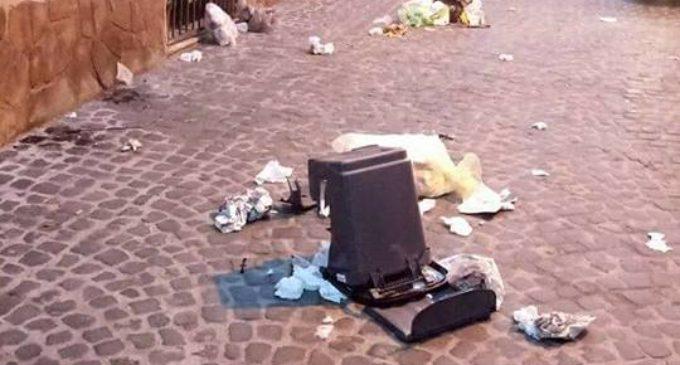 """Cerveteri, atti vandalici nella notte nel Centro Storico. E. Gubetti: """"Mancano le basi del rispetto e dell'educazione"""""""