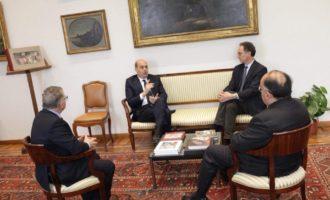 """Zingaretti, il primo giorno da presidente rieletto: """"Un momento storico è la prima volta che accade"""""""