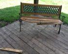 Manziana, atto vandalico al bosco: rompono una panchina e imbrattano con la vernice