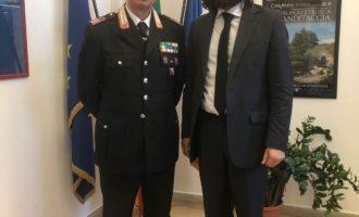 Cerveteri, Carabinieri: il Sindaco Alessio Pascucci saluta il Luogotenente carica speciale Umberto Polizzi
