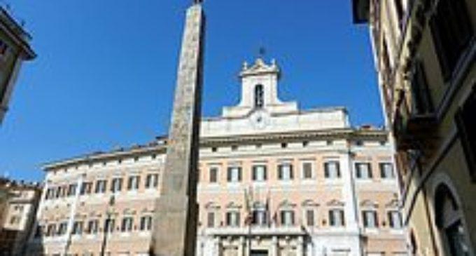 Gli Alunni della Corrado Melone accolti a Montecitorio da un applauso