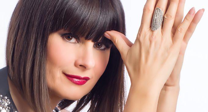 """BRACCIANO (RM) SILVIA MEZZANOTTE IN """"LE MIE REGINE"""" TEATRO VIRGILIO"""