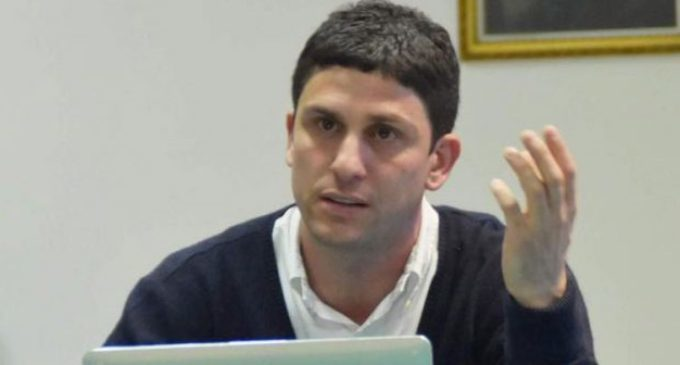 """LADISPOLI, SINDACO GRANDO: """"PORTEREMO IN PIAZZA TUTTA LA CITTÀ CONTRO LO SCELLERATO PROGETTO DI APRIRE LA DISCARICA DI ROMA A LADISPOLI"""""""