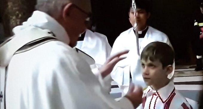 Natale LCCR_ un bimbo di Ladispoli dal Papa