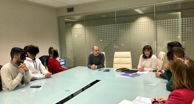 """la Consigliera Delegata alle scuole di Città Metropolitana di Roma Teresa Zotta incontra  la Dirigente Scolastica dell'Istituto """" Enrico Fermi """""""
