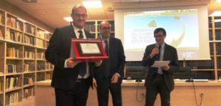 Rifiuti: Canale Monterano premiato dal Presidente Zingaretti Il Sindaco Bettarelli ha dedicato l'importante riconoscimento ai suoi concittadini