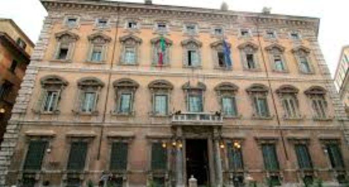 Élites senza etica e onore rovinano l'Italia