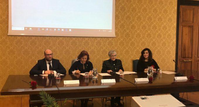 """""""Solo l'Amore Salva – Stop anoressia e bulimia""""  mostra itinerante a Palazzo Valentini  Dall'11 al 18 marzo 2019"""