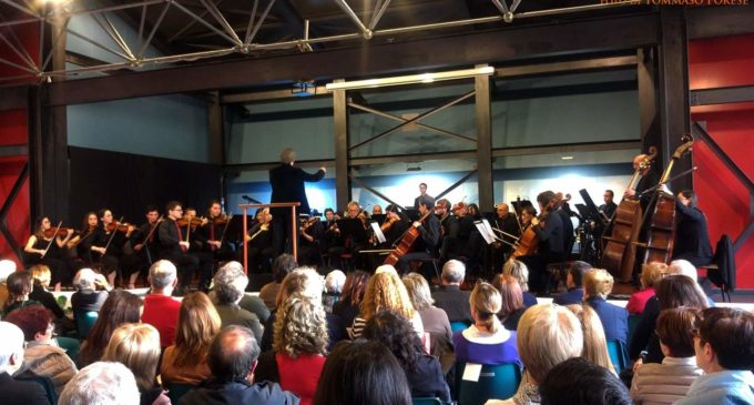 "Ladispoli: VIVIMusica 2019 – Tchaikovsky e Shostakovich – ""Grandissima performance dell'OgMF diretta da Massimo Bacci""."