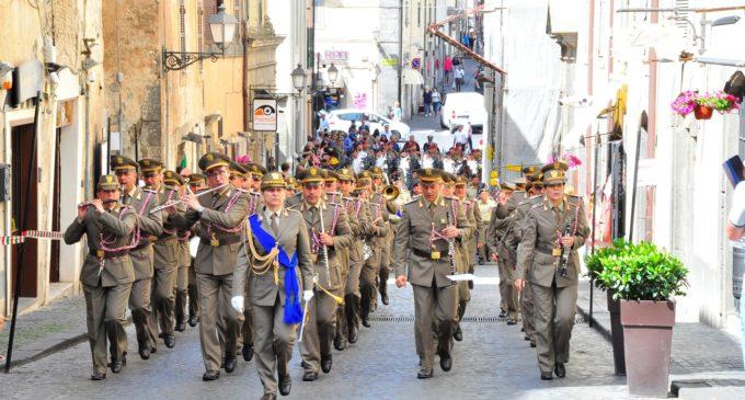 Com. stampa – Bracciano: Il Capo di Stato Maggiore dell'Esercito alla Festa dell'Artiglieria