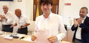 Jova Beach Party e acquisizione della proprietà del Lungomare dei Navigatori Etruschi: il Sindaco Pascucci conferisce Encomi formali in Consiglio