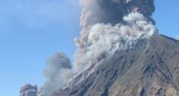 Stromboli, a causa dell'esplosione morto un escursionista, due feriti
