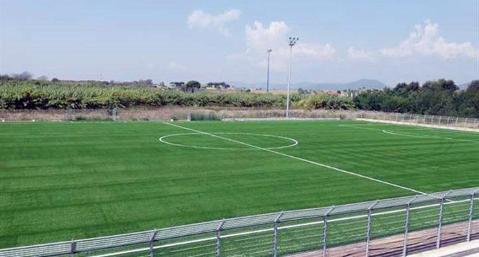 Ladispoli, entro due mesi la copertura sulle tribune dello stadio Angelo Sale