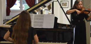 Museo del Saxofono, pomeriggio di classica: Linda e Greta Iobbi incantano il pubblico