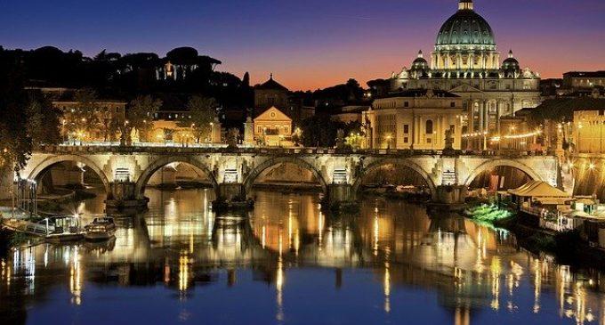 """""""E luce fu!"""": le luminarie di Natale 2019 a Roma"""