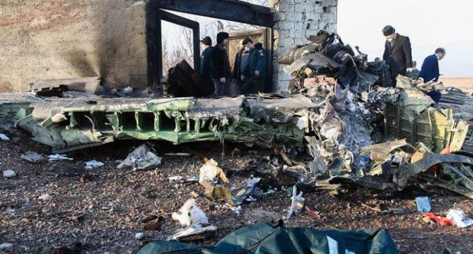 Iran, aereo Ukraine Airlines precipita al suolo: Nessun superstite