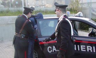 A Riano, due arresti per droga e detenzione di armi illegali