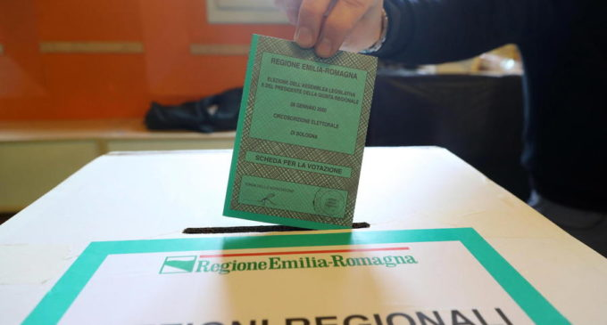 Elezioni regionali 2020: in Emilia donne più a sinistra, destra male fra i giovani che votano per le civiche in Calabria