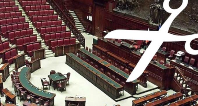 Governo, taglio dei parlamentari ipotesi di referendum 22 o 29 marzo 2020