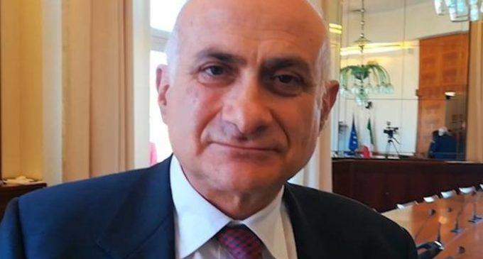 Coronavirus, è polemica tra scienziati: Giuseppe Ippolito risponde a post di Roberto Burioni