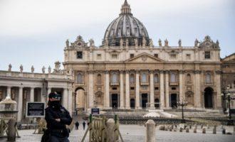 Roma in quarantena, chiusa anche piazza San Pietro