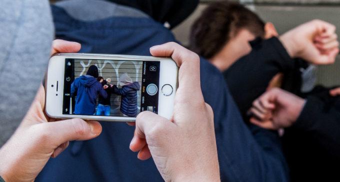 """L'Agone nuovo presenta Lunedì 9 marzo il seminario su """"Cyberbullismo e i Rischi della rete"""" presso Istituto """"Corrado Melone"""" di Ladispoli"""