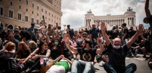 Marcia su Roma e Casapound in piazza contro il governo