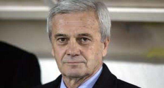 Lutto nel mondo del calcio: è morto Gigi Simoni. L'ex allenatore dell'Inter aveva 81 anni.