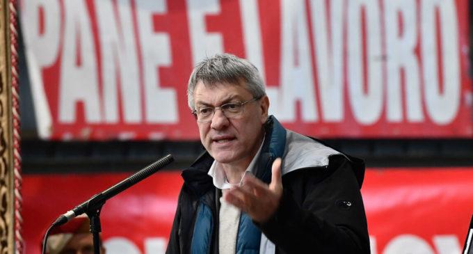 Coronavirus, Maurizio Landini: «Sbagliato tagliare le tasse anche alle aziende che hanno guadagnato»