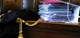 Prato, fece sesso con minore: condannata a 6 anni e mezzo