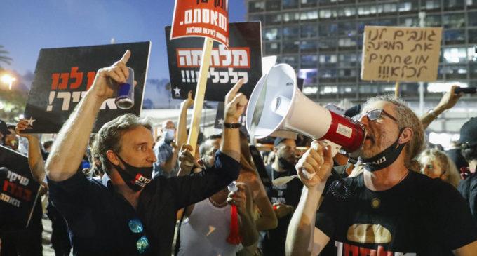 Megaprotesta a Tel Aviv contro le misure anti-Covid del governo ...