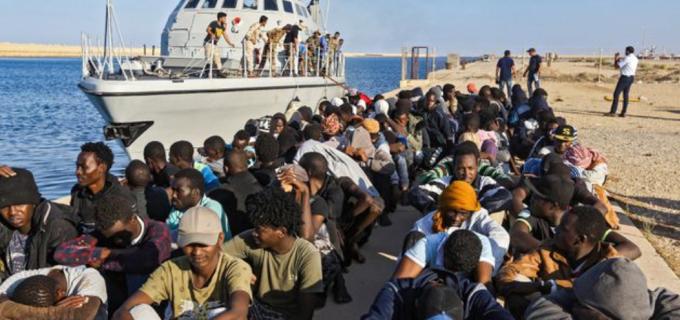 Guardia costiera libica spara su migranti durante sbarco, 2 morti