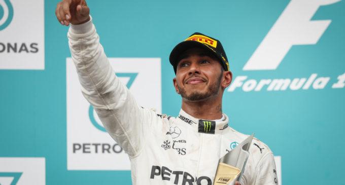 A Silverstone, Hamilton in pole poi Bottas. Leclerc quarto