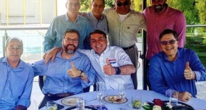 "Coronavirus, Bolsonaro scherza in tv: ""Ho la muffa nei polmoni"""