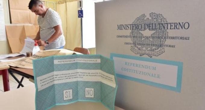 Referendum, presidenti di seggio in fuga a Milano