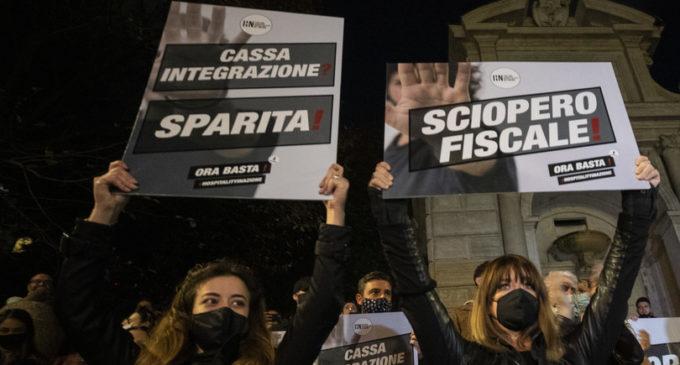 """I sindacati a Conte: """"Stop ai licenziamenti o sarà crisi sociale"""""""